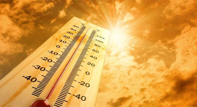 Felhőszakadás és hőség várható csütörtökön