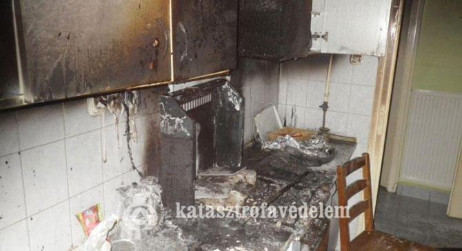 Több helyre is riasztották megyénk tűzoltóit a hétvégén