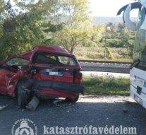 Fotók a leányvári balesetről