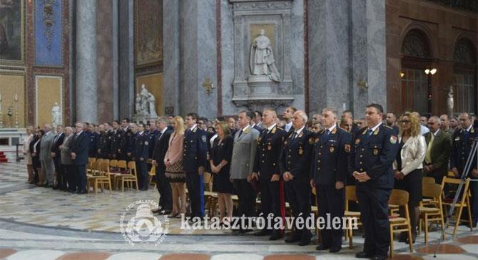 Szent Flórián napi megemlékezés Esztergomban