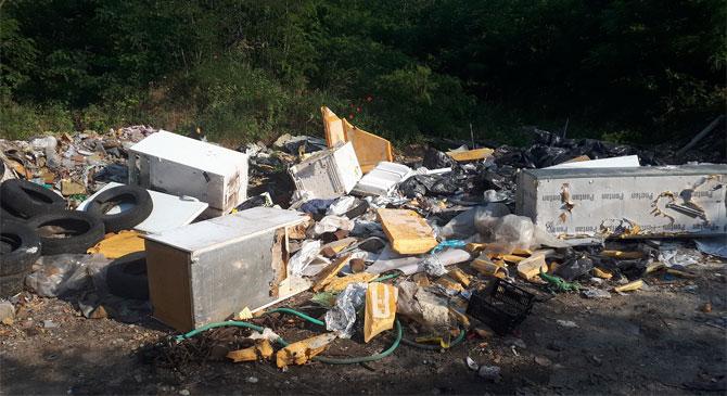 Akár öt évet is kaphat az illegálisan veszélyes hulladékokat lerakó férfi