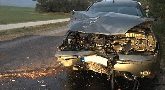 Két személygépkocsi ütközött össze Piliscséven