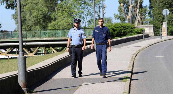 Polgárőrök is részt vesznek a tanévkezdési kampányban megyénkben