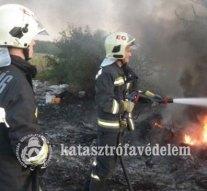 Avar- és szeméttüzekhez vonultak tűzoltóink a hétvégén