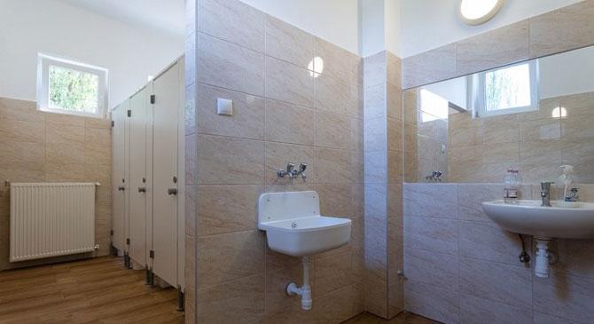 Két új mosdó a Zsigmondy Vilmos Gimnáziumban