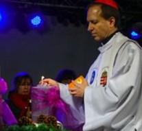 Meggyújtották az utolsó adventi gyertyát Esztergomban