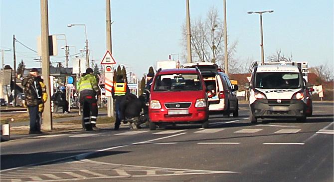 Két autó ütközött össze Nyergesújfaluban