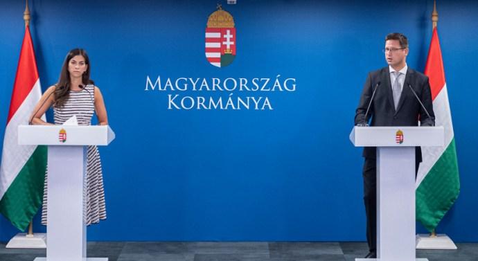 Gulyás: Magyarország lezárja a határait
