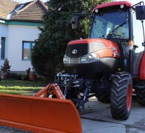 Multifunkciós traktort nyert Csolnok