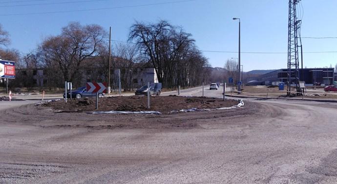 Módosított útvonalon járnak az autóbuszok Esztergom-Kertvárosban