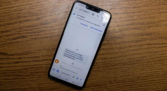 Csomagküldő szolgáltatók nevében küldenek üzeneteket a csalók