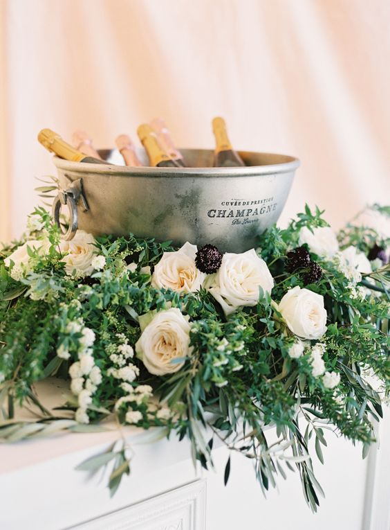 Luksusowe wesele, Wesele marzeń, Ekskluzywny ślub i wesele, Organizacja wesele z klasą, Szampan na weselu, Owoce morza na weselu, Eleganckie wesele,