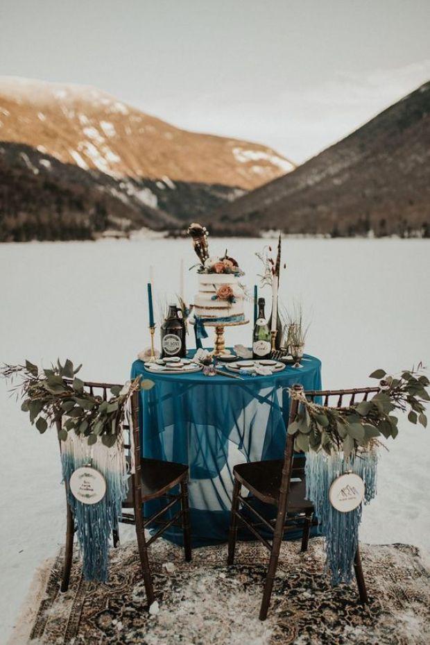 Boho tort weselny, tort ślubny w stylu boho, zimowe wesele,
