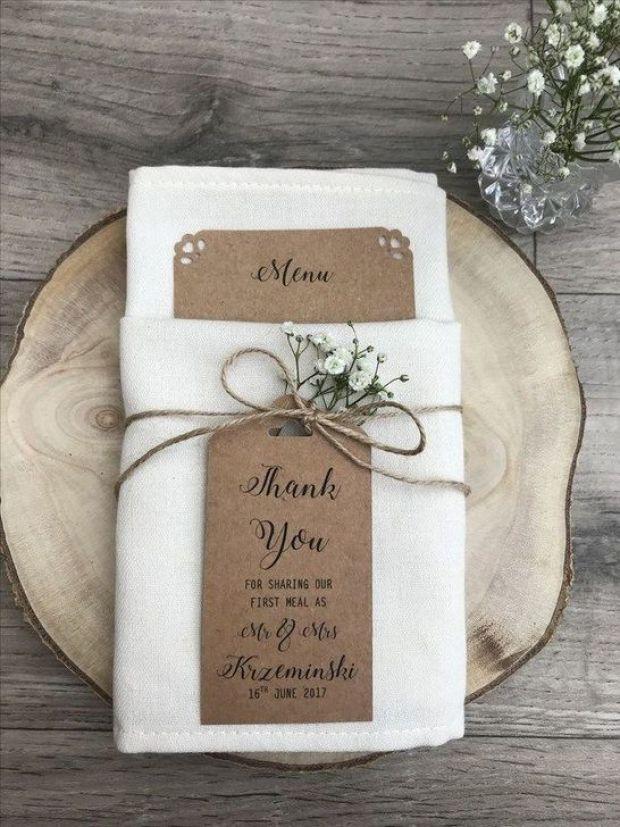Rystykalne serwetki, rustykalne detale, rustykalne dodatki, rustykalne przyjęcie weselne