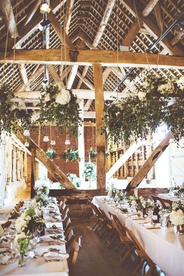 Dekoracje stodoły, stodoła weselna dekoracje, rustykalne dekoracje. stodoła na wesele