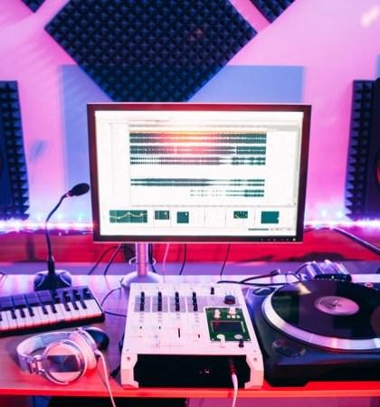 home monitor studios