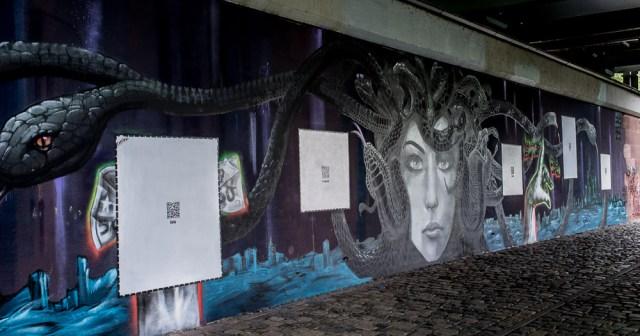 2013-05-25 X100 Frankfurt Graffiti Friedensbrücke 007