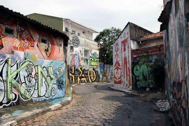 Schirn_Presse_Speto_Beco_do_Grafiti_Sao_Paulo_2011a