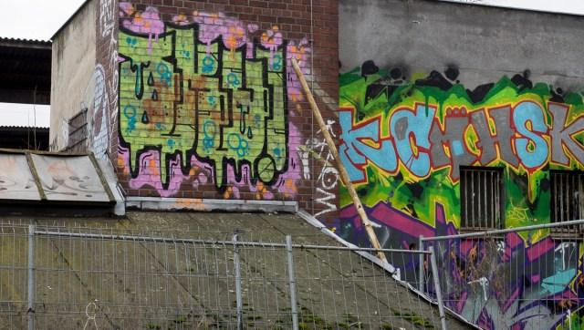 2014-01-29 EM1 Graffiti Frankfurt Ostbahnhof 006