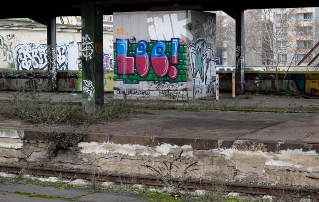 2014-01-29 EM1 Graffiti Frankfurt Ostbahnhof 008