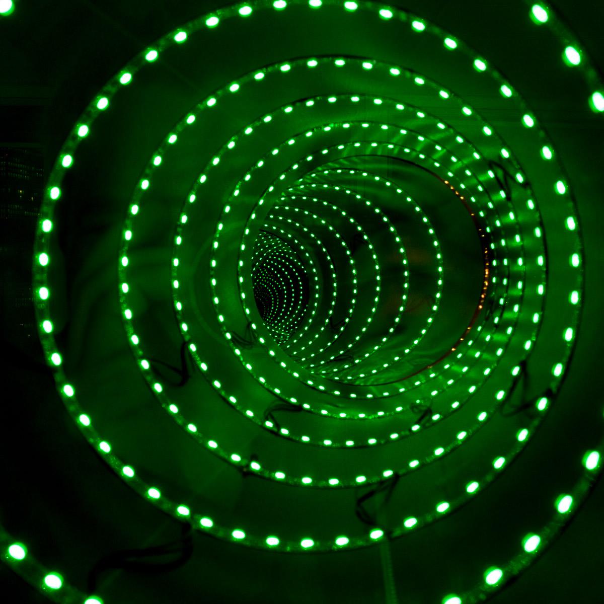 Luminale 2014 lichtkunst aus frankfurt offenbach part for Offenbach kunst
