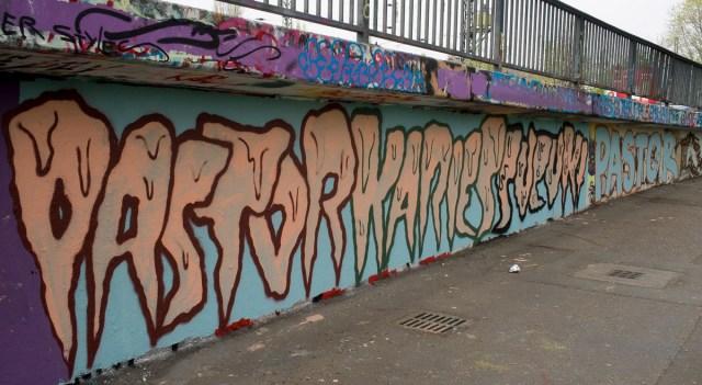 2014-04-03 EM1 Graffiti Mainz-Kastel 0050