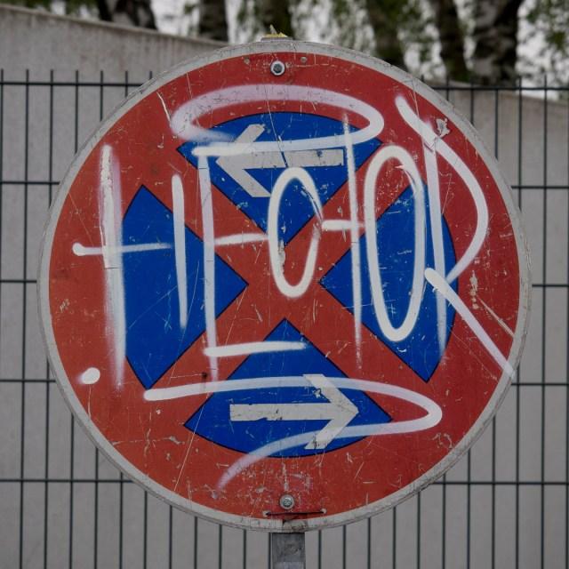 2014-04-10 EM1 Graffiti Gelnhausen 0004