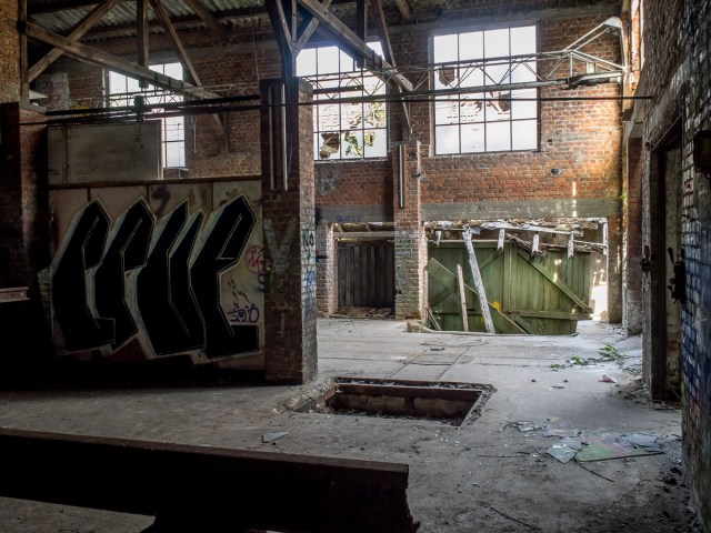 2014-04-17 EM1 Lost Place - Alte Ziegelei - Naurod 0006