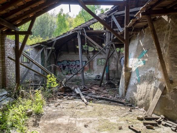 2014-04-17 EM1 Lost Place - Alte Ziegelei - Naurod 0107