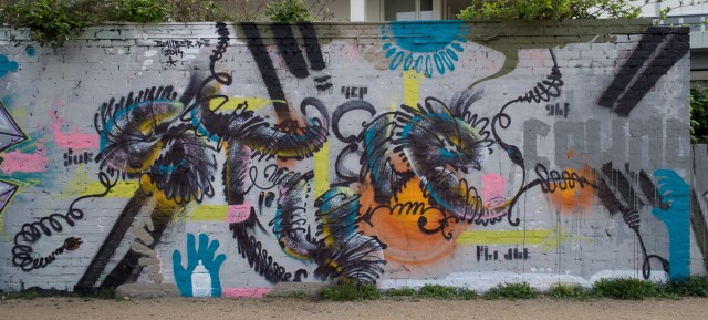 2014-04-01 EM1 Graffiti Schlachthof Wiesbaden 0002