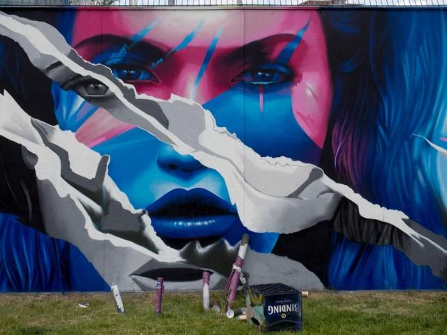 Frankfurt Graffiti EZB Bauzaun