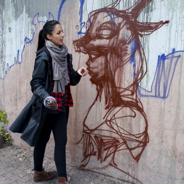 2013-05-25 X100 Graffiti Bad Vilbel Herakut Bahndamm 016