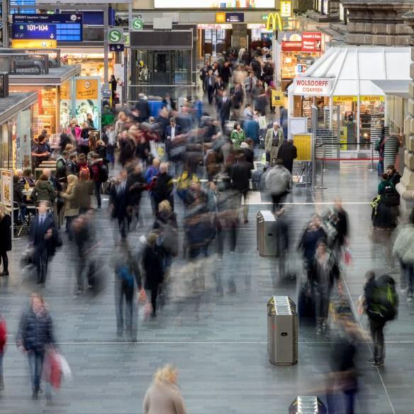 Frankfurt Hauptbahnhof Chaos