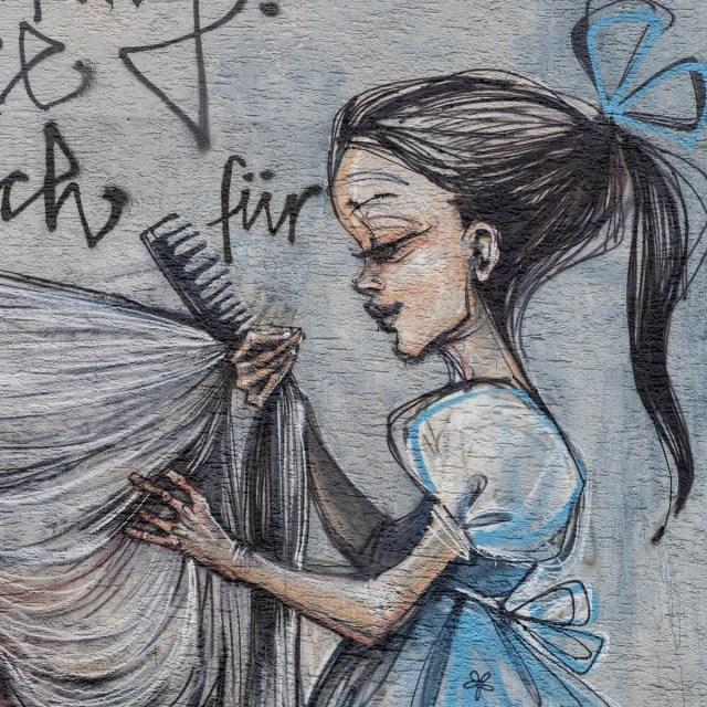 2015-05-26 EM1 Graffiti Herakut Bad Vilbel 0012