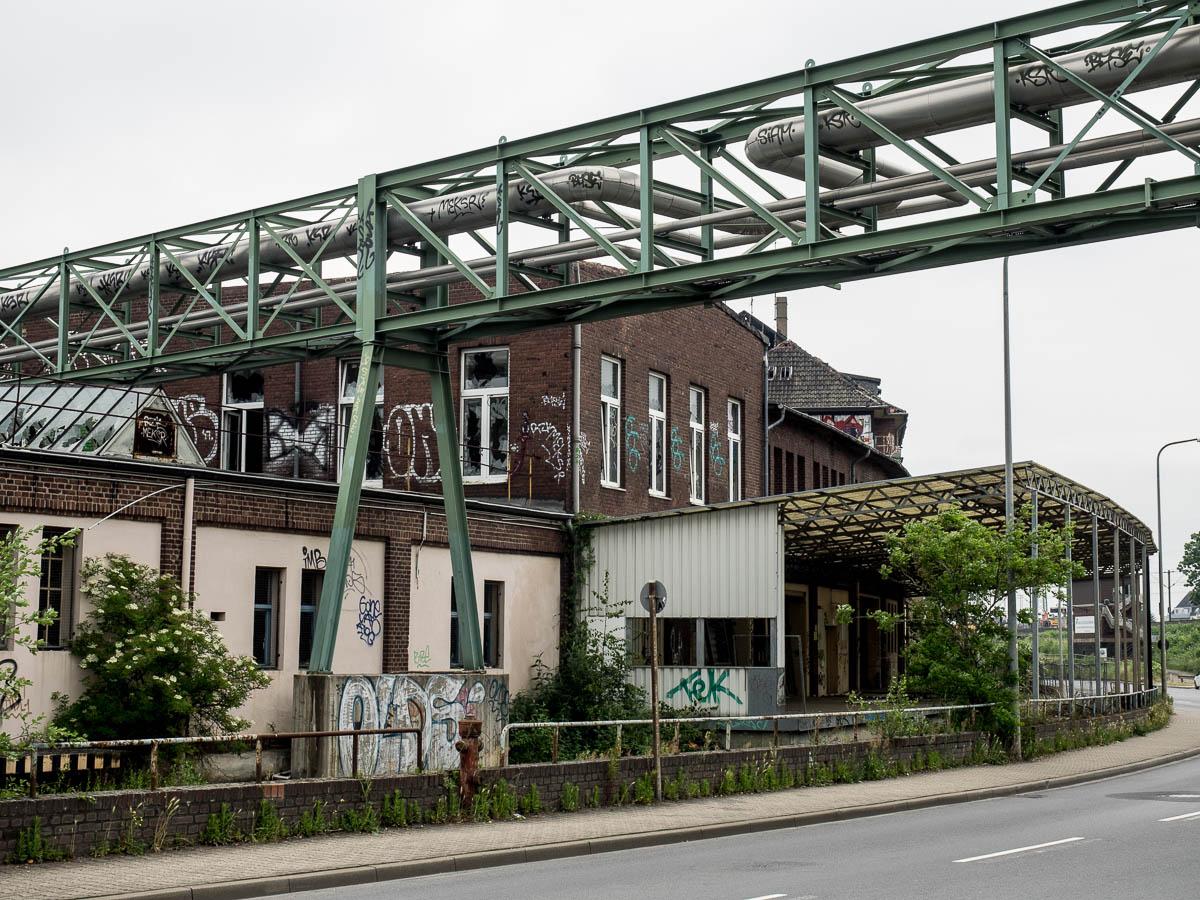 2015-06-06 EM1 Lost Places Düsseldorf Papierfabrik Hermes 413