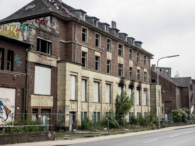 2015-06-06 EM1 Lost Places Düsseldorf Papierfabrik Hermes 415