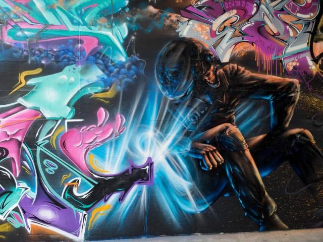 2015-06-18 EM1 Graffiti Mainz-Kastel MOS 2015 0118