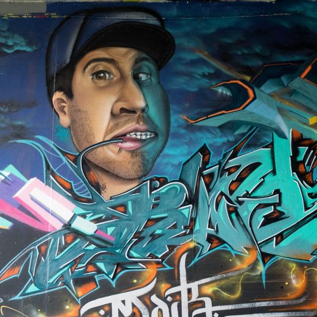 2015-06-18 EM1 Graffiti Mainz-Kastel MOS 2015 0132