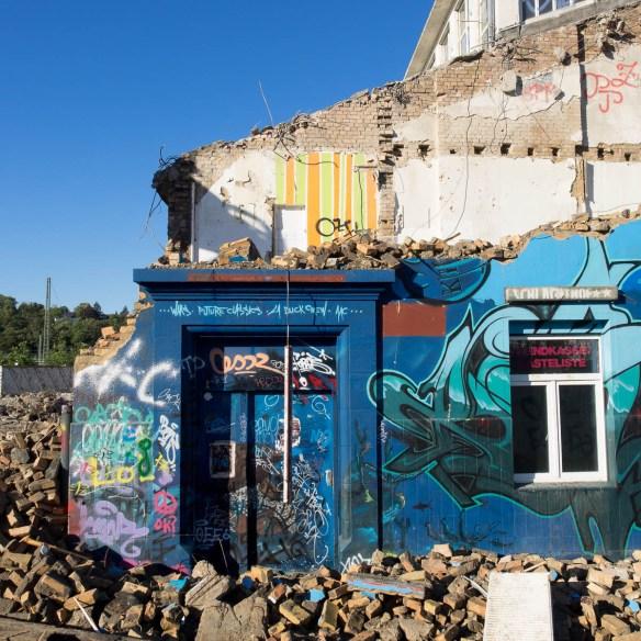 2015-09 EM1 Graffiti Wiesbaden Schlachthof 0016