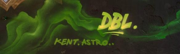 2015-09-29 EM1 Graffiti Frankfurt Friedensbrücke 0010