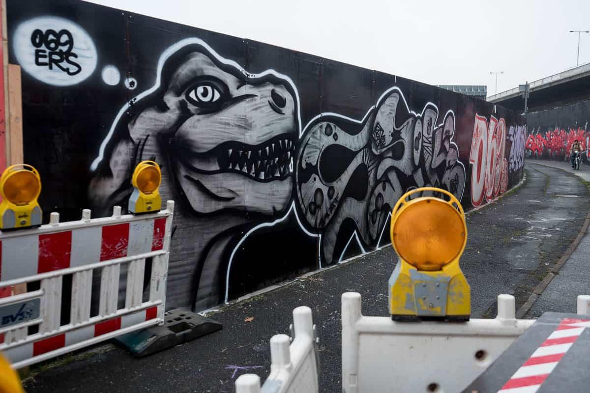 Frankfurt – Graffiti am Ratswegkreisel (97) – Update Dezember 2018