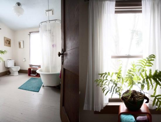Bathroom overlooking the garden