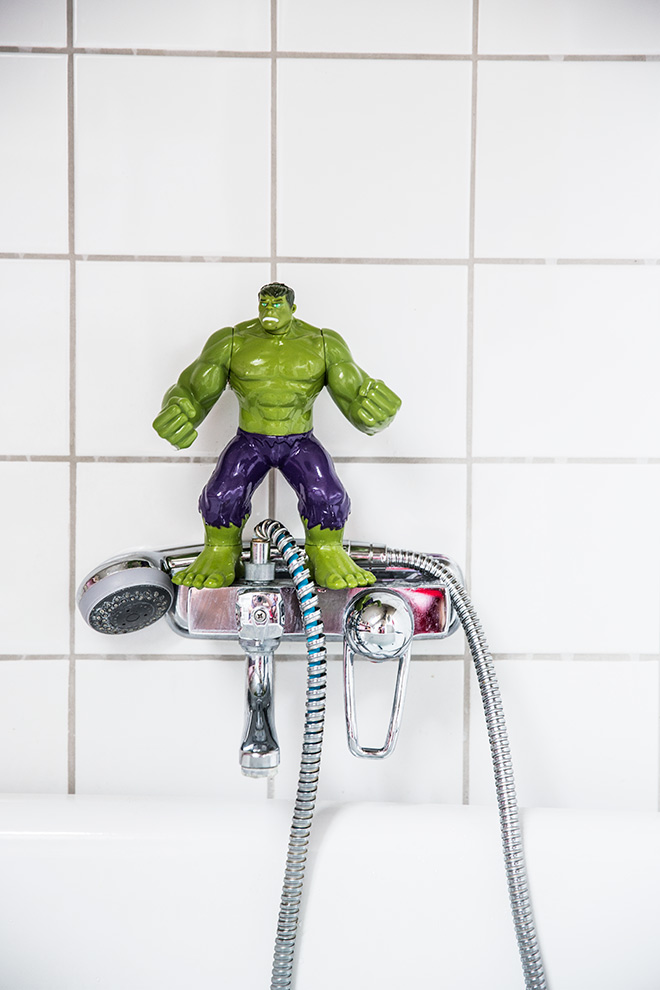 hulk-dosfamily-bath