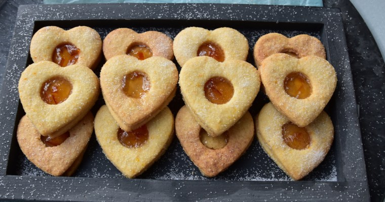 Ginger and marmalade cookie