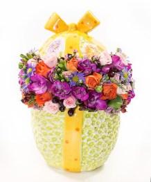 Aranjamente de Paște 2021, Ou din ceramică plin cu flori colorate, doar 305,99 RON