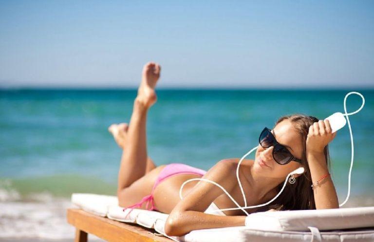 Как защитить свою кожу от вредных солнечных лучей?
