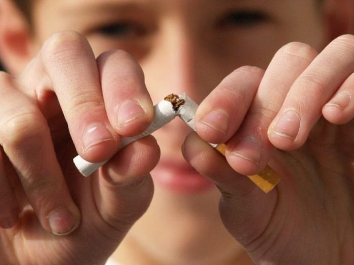 Как очистить легкие от никотина и смол