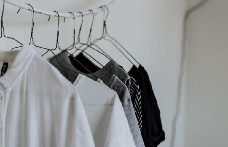 От каких вещей в гардеробе лучше избавиться