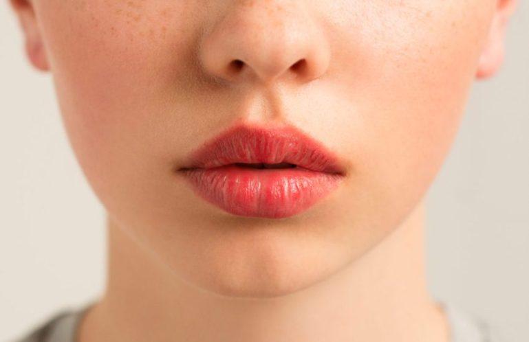 15 хитростей, которые сделают любые губы соблазнительными