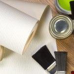 Покраска стен или оклейка обоями: что выбрать?